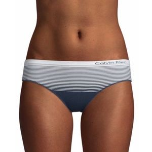 NWT Calvin Klein hipster panties